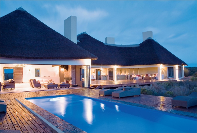 Arcon Construction (022 772 0783) and Scoonraad Architecture and Consulting (083 273 8624).Elandsfontein Private Nature Reserve offers guests luxurious accommodation and unforgettable safari activities only one hour from Cape Town. The 6000 hectare reserve is home to the largest single inward relocation of game in Western Cape history and boasts unique fossil deposits. Sonqua Manor is the only safari lodge along the West Coast to have been awarded five stars by the Tourism Grading Council.