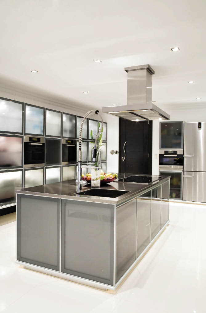 Heart of glass sa home owner for Kitchen designs sa