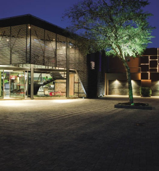 Nico Van Der Meulen Architects and Streamlight