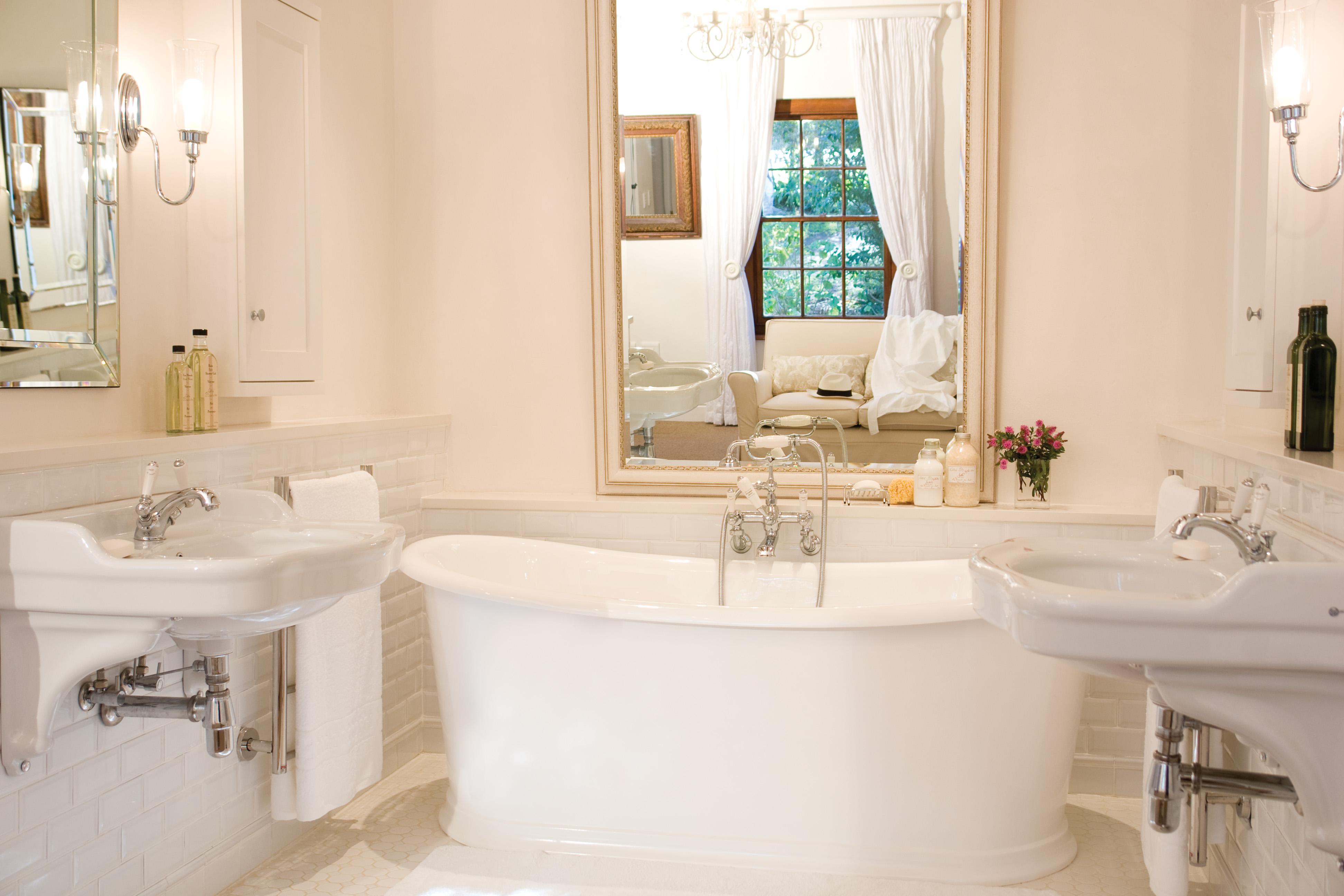 how to: create a timeless bathroom