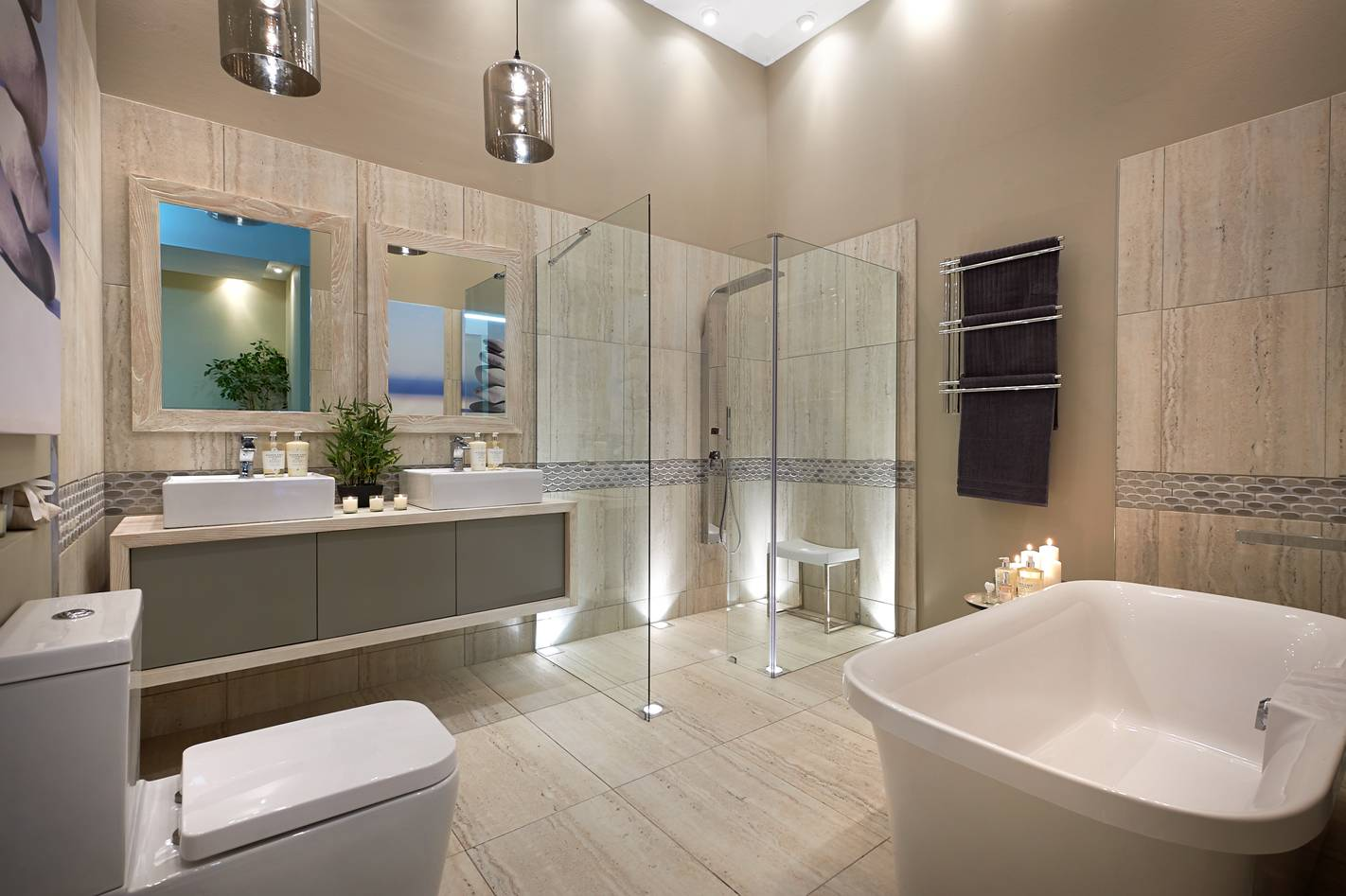 Top design tips for family bathrooms for Show home bathrooms
