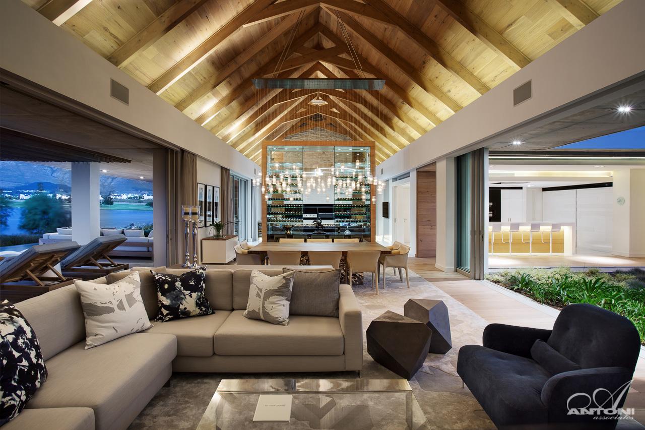 Dynamic design for Siti di interior design