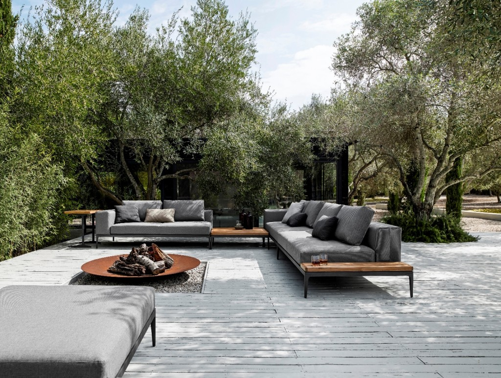 Grid Outdoor Lounge at Marlanteak