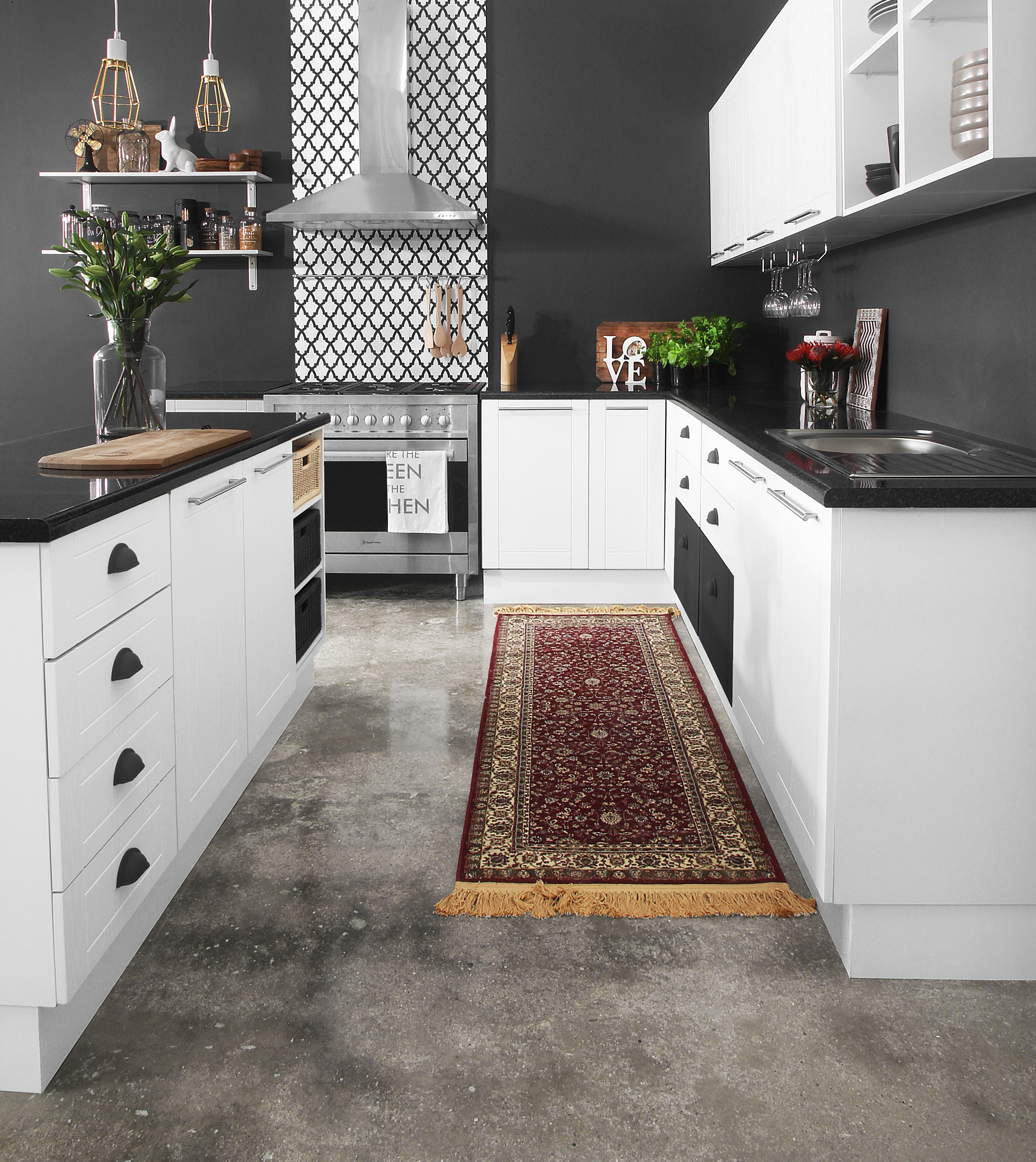 Ucan do it make a bold statement with your kitchen and choose a monochrome colour palette solutioingenieria Gallery