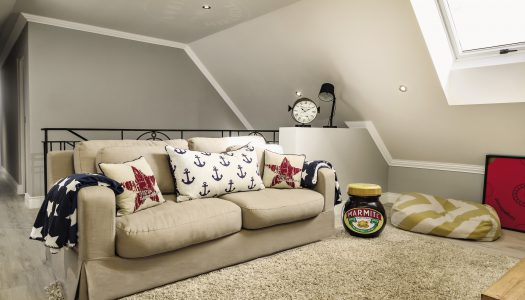 How to decorate a loft room